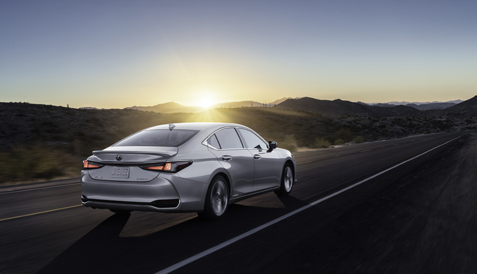 Lexus ES restylée (2021) : à partir de 50 490 €
