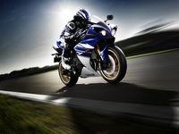 Nouveauté Yamaha 2010 : Nouvelle robe pour l'YZF R1