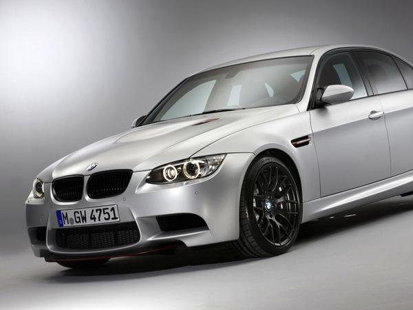 Voici la nouvelle BMW M3 CRT et ses 3,5 kg/ch!