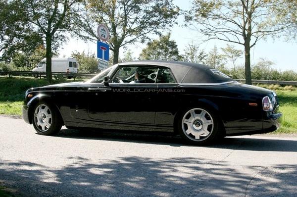 Rolls Royce Phantom Coupé: l'annonce et le proto