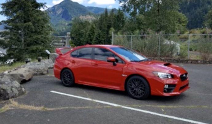 Crash : il sort dans les arbres sa Subaru WRX STI neuve