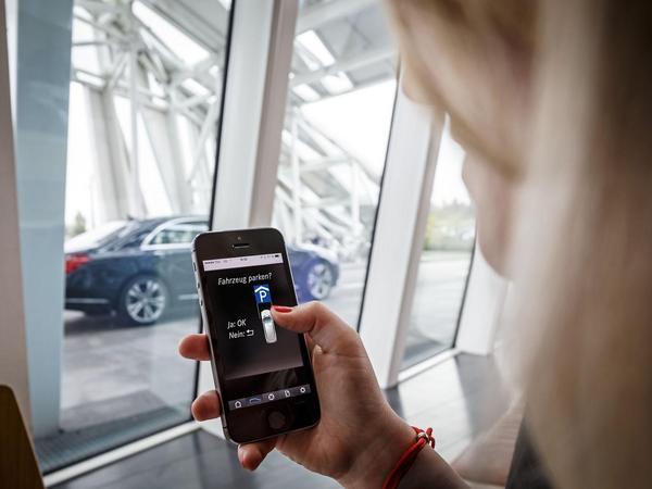 Mercedes et Bosch s'associent pour un système de parking autonome
