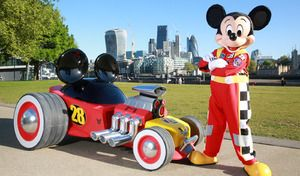 Salon de Londres : Disney dévoile le hot rod de Mickey