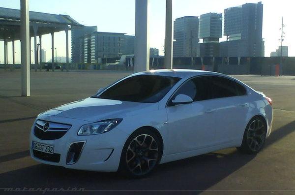 Opel Insignia OPC : encore débusquée