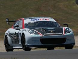 La Porsche Panamera débute en compétition