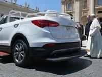 Le pape quitte Mercedes pour Hyundai et son Santa Fe