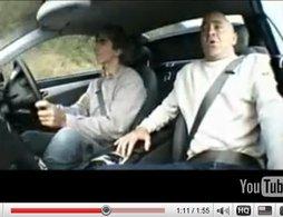 Vidéo : une gerbe pour Damon Hill
