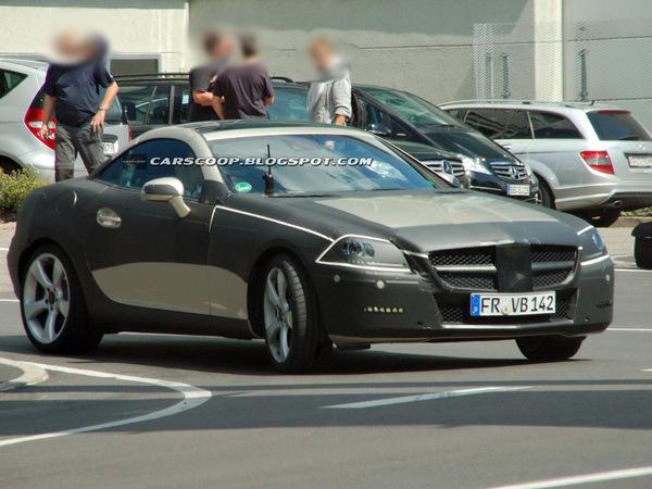 Spyshot : futur Mercedes SLK, moins camouflé