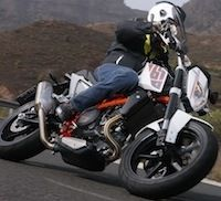 Essai KTM 690 Duke IV (2012): plus roadster que supermotard