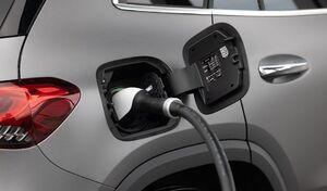 600 000 électriques et hybrides rechargeables sur les routes françaises