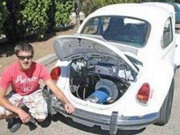 Père et fils ont converti une Volkswagen Beetle de 1972 en auto électrique !