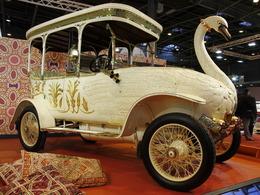 Vidéo en direct de Rétromobile 2014 - Les voitures des maharadjas : toutes d'originalité, d'extravagance et de splendeur