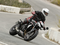 Essai - Triumph Street Triple 765 RS: la sportive nue !
