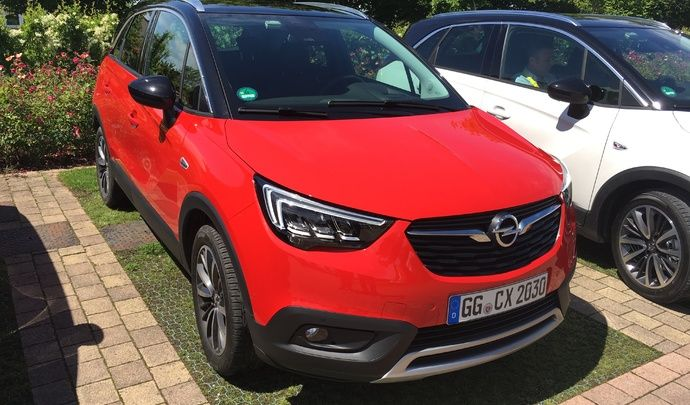 Opel Crossland X - Les premières images de l'essai en live + impressions de conduite
