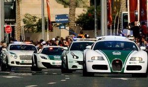 La police de Dubaï récompense les automobilistes prudents