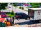 Insolite : ils chargent une Peugeot 1007 avec un chariot élévateur
