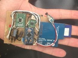 Electronique: avec un outils à 20 dollars un hacker espagnol prend le contrôle de votre voiture