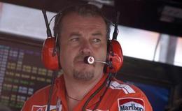 F1: son livre interdit, Stepney parle