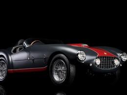 Vidéo en direct de Rétromobile 2014 - Ventes aux enchères : découvrez les voitures les plus chères et les plus originales