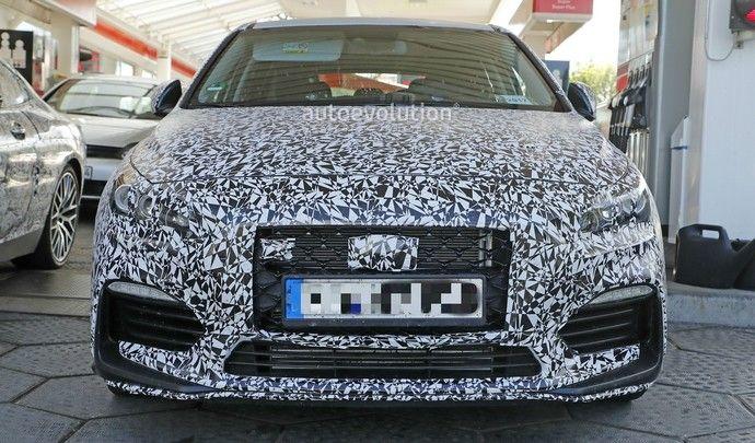La Hyundai i30 N en montre un peu plus