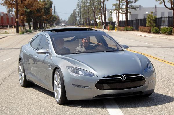 Tesla Model S : toutes les photos et les infos