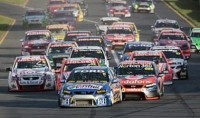 V8 Supercars-Albert Park, course 1: Lowndes atomise la concurrence !
