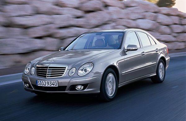 Mercedes Classe E restylée : technologiquement vôtre
