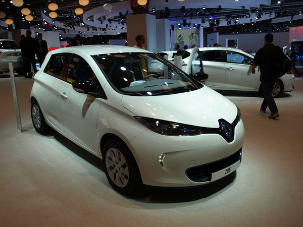 Vidéo en direct du Mondial de l'auto - Renault Zoe : Zoe Starr
