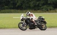 Nouvelles photos de la Triumph 800 Tiger 2011