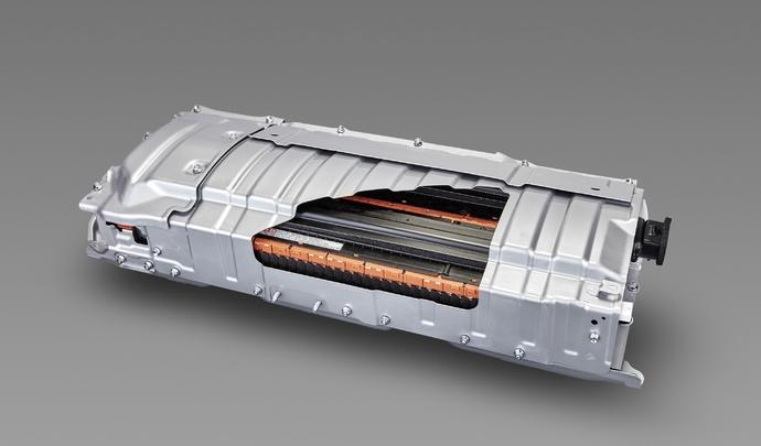 """Toyota : une électrique à batteries """"solides"""" au programme"""