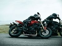 Nouveauté Triumph 2010 : Du Tornado Red pour la Street Triple et du Phantom Black pour la R