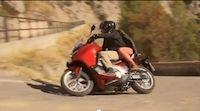 Vidéo Scooter : le Honda Integra 700 cm3 en action !