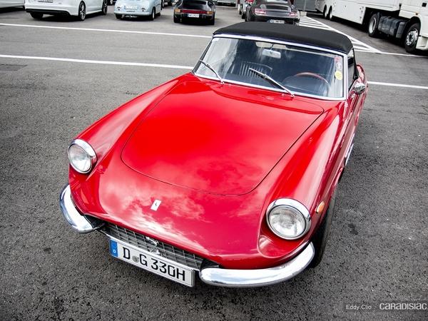 Photos du jour : Ferrari 330 GTS (Modena Track Days)
