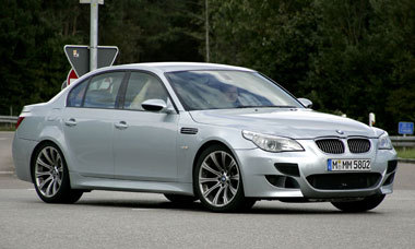 Future BMW M5: V10 biturbo 590 ch ?