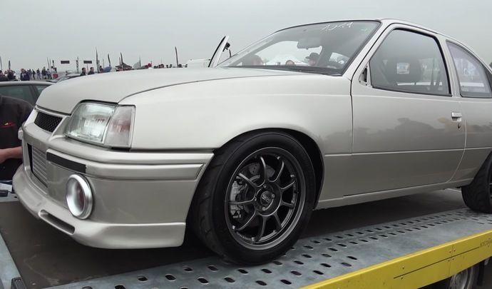 Insolite : une Opel Kadett plus puissante qu'une Bugatti Veyron