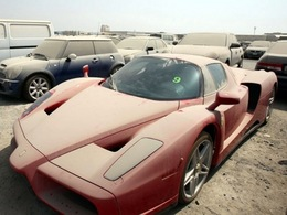 Dubaï : l'acquisition d'une auto bientôt réservée uniquement aux plus aisés ?