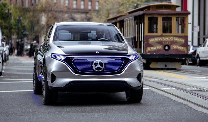 Francfort 2017 : Mercedes prépare un concept pour répondre à la BMW i3