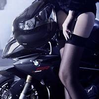 Moto § Sexy: Vous reprendrez bien encore un peu de BMW ?