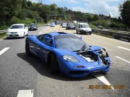 Une McLaren F1 accidentée en Allemagne