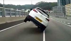 Une Mazda CX-3 sauvée de justesse