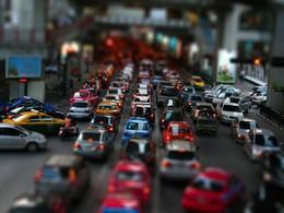 Angleterre : un PV pour stationnement gênant... alors qu'il était juste à l'arrêt dans les embouteillages
