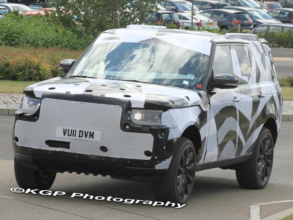 Surprise : le futur Range Rover en test
