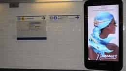 Panneaux publicitaires numériques dans le métro : la décision du juge rendue fin avril.