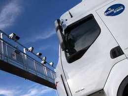 Ecotaxe: les sociétés de télépéage réclament 300 millions d'euros à l'Etat