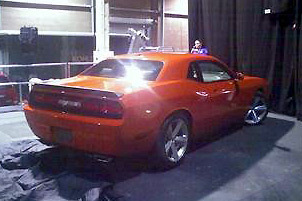 Dodge Challenger: la version de série nue !