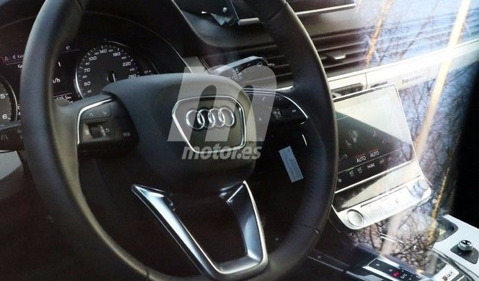 Surprise : voici l'intérieur de l'Audi Q8