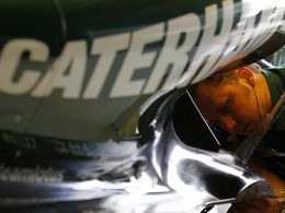 Caterham met un pied en Formule 1