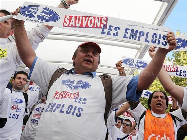 Reportage vidéo : les ouvriers Ford de Blanquefort manifestent pour sauver leur emploi