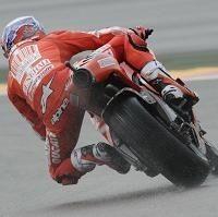 Moto GP - Aragon D.1: Stoner fixe la référence sous la pluie