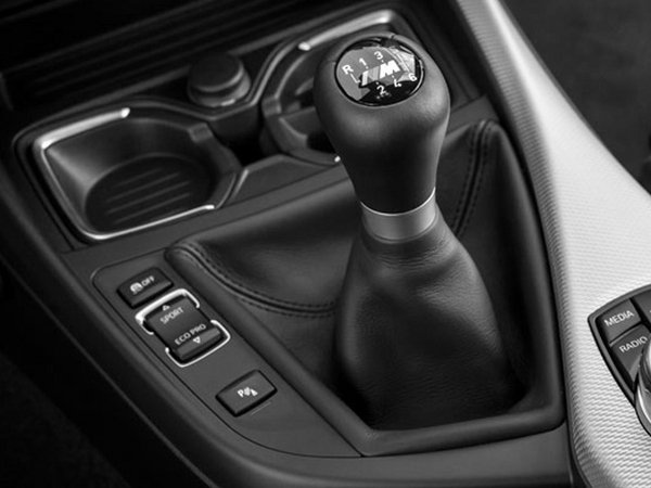 Pour BMW, la boîte manuelle est une technologie obsolète